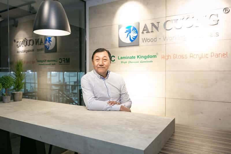 Mr. CHIA KWANG CHIEW